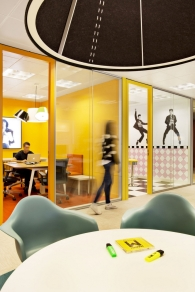 sony-music-headquarters-office-design-19