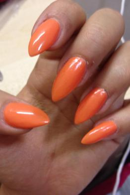 orange-nails